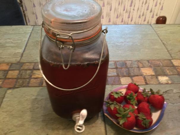 White Strawberry Tea